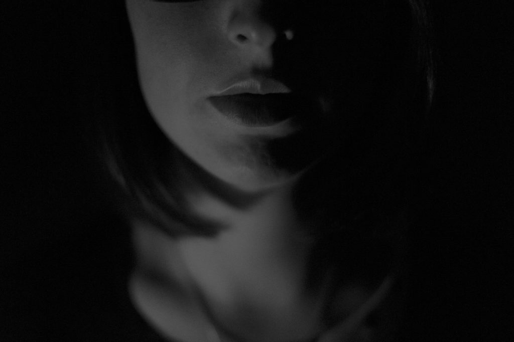 woman-in-shadow-1280x853-1024x682