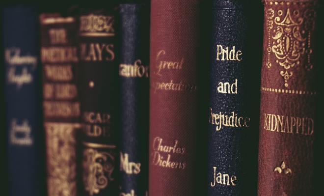 close-up-of-books-on-shelf-1560093